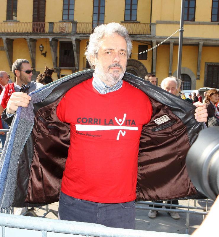 Nicola Piovani . Corri la Vita